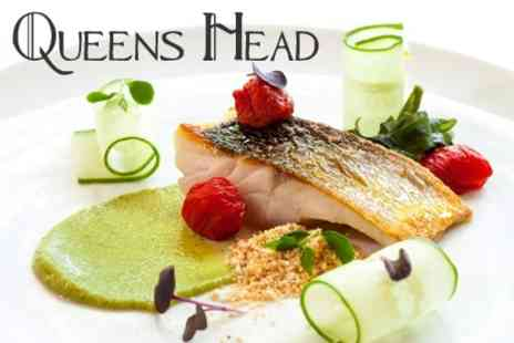 The Queens Head Inn - AA Rosette Dining Two Courses For Two - Save 57%