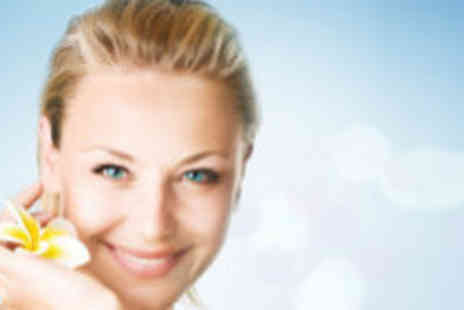 La Beaute - Non surgical facelift and Indian head massage  - Save 75%