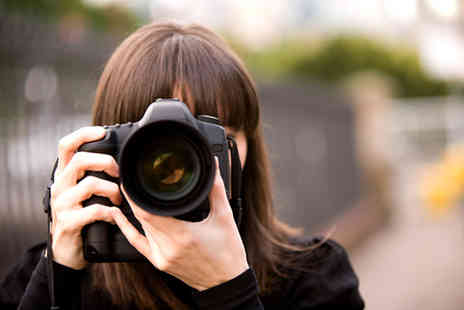 E Courses International - An 18 module online photography course - Save 90%