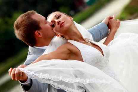 Chic Wedding Photography - Wedding Photography Package - Save 71%