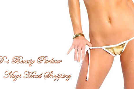 D's Beauty Parlour - Get rid of the fuzz just in time for summer with either a Hollywood or Brazilian - Save 60%