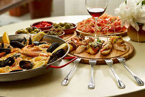 La Vida - Two tapas dishes, paella & 1 ltr jug of sangria between 2 people - Save 52%