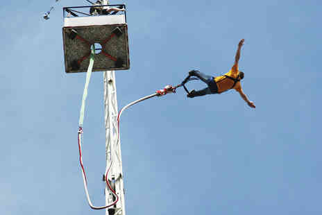 Extreme Sensations - Bungee jump experience - Save 42%