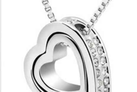 Coco Beach Boutique Ltd - Heart Pendant The ideal gift - Save 75%