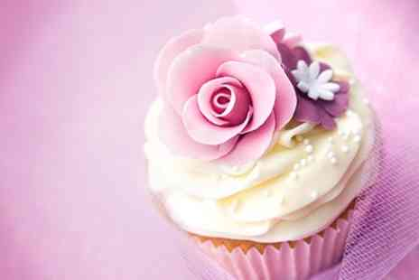 Carroll Cupcake Company - Themed Cupcake Decorating Class For One - Save 64%