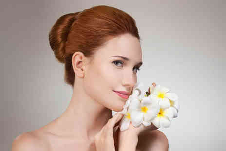 Vagheggi Boutique Clinic - One mole, skin tag or wart removal treatment - Save 82%