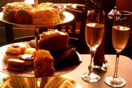 AM PM - Afternoon Tea For Two With Prosecco - Save 64%