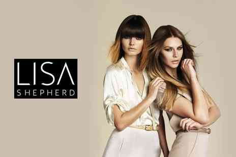 Lisa Shepherd London - Celebrity inspired dip-dye including a toner, conditioning treatment, blow dry and glass of wine - Save 51%