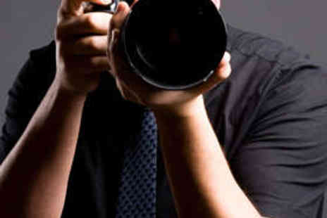 Manchester School Of Photography - One Day Introduction to DSLR Photography Course - Save 70%