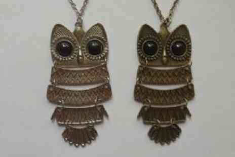 Simply Jewellery - Set Of 2 Vintage Style Owl Pendants A Celebrity Favourite - Save 80%
