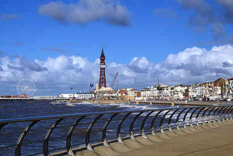 Sandford Promenade - Two nt Blackpool stay for 2 inc breakfast & a lunch - Save 49%