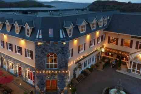 Pontoon Bridge Hotel - One Night Stay For Two With Breakfast - Save 51%