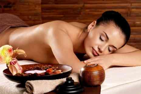 Lushus Beauty - Back Neck and Shoulder Massage - Save 51%
