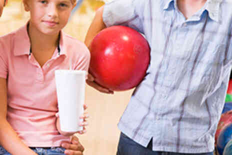 La Bowl - Game of Bowling for a Family of up to Six with Chips and Dips - Save 81%