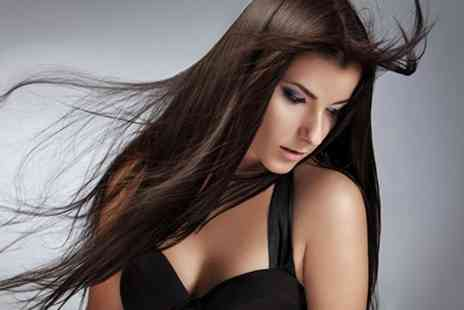 3D Hair & Beauty - Cut and Blow Dry - Save 58%