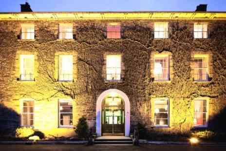 Hammet House - One Night Stay For Two With Breakfast and Bijoux Bubbles Afternoon Tea - Save 47%