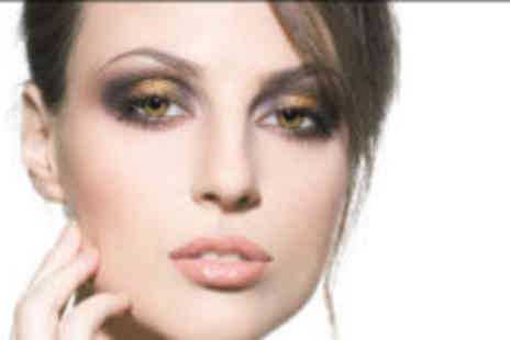 Looks and Lashes - 3D lashes - Save 76%