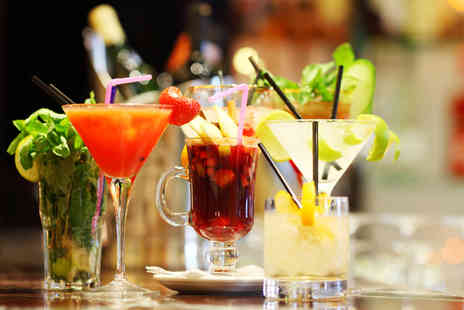 Canecao - Four cocktails of your choice to share between 2 people - Save 54%