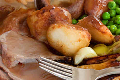 The Wrens Hotel - Starter and Sunday Lunch for Two - Save 53%