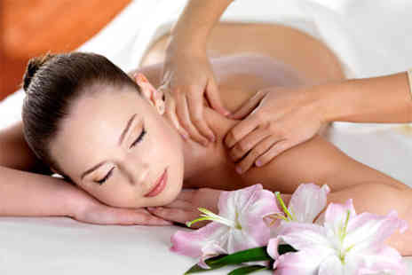 The Beauty Parlour - 30 min back neck and shoulder massage - Save 52%