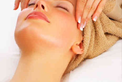 Tandis Hair - Deluxe Facial with Back, Neck and Shoulder Massage - Save 62%