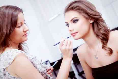 Make Up London Academy - Three Hour MAC Make up Masterclass - Save 80%