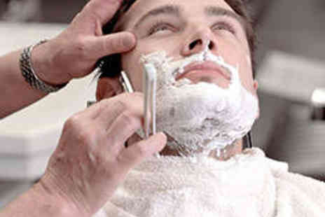 The Refinery - Mens Grooming Package Including Haircut Scalp Treatment and Wet Shave - Save 59%