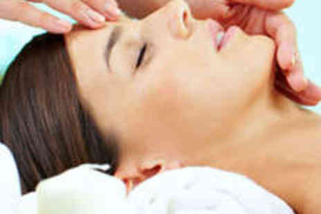 Club Kensington Beauty - Aromatherapy Massage and Aromatherapy Facial - Save 57%