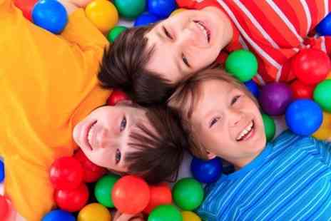 Scallywags Indoor Play Centre - Kids Party for Up to 20 Guests With Food and Drinks - Save 72%