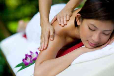 Siam Spa Centre - 60 Minute Thai Massage Session For One - Save 28%