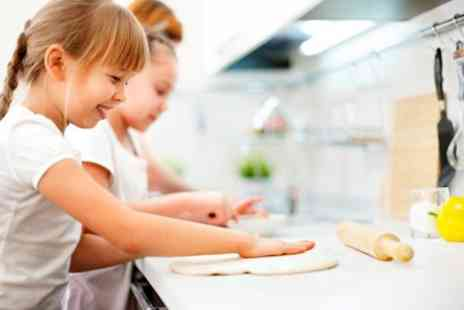 Dollys Vintage Tearoom - Childrens Baking Class - Save 50%