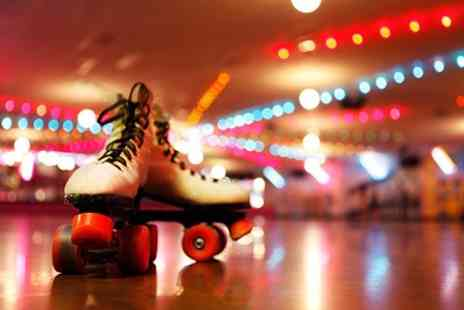 The Mo Club - Roller Disco Entry For Two Adults - Save 50%