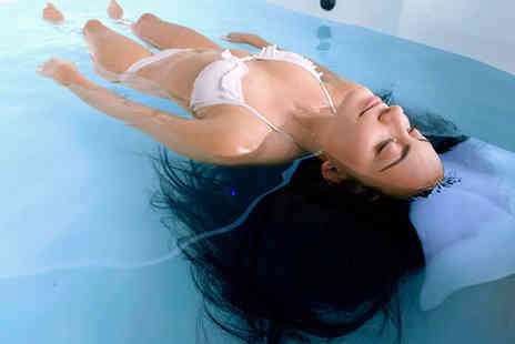 Calm Water floatation Centre - Hour Long Floatation Therapy Session with Consultation - Save 53%