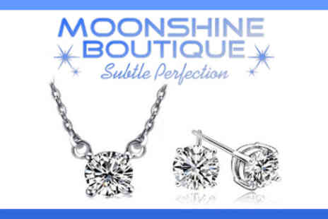 Moonshine Boutique - Solitaire Crystal Pendant and Earring Twinkle Set - Save 81%