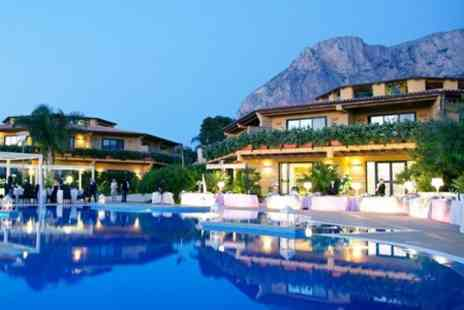 HolidaysBooked.com - In Sicily Three Night All Inclusive 4star Stay With Flights For Two - Save 37%