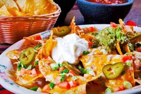 The Gas Lamp - Fajitas For Two With Nachos and Drinks - Save 57%