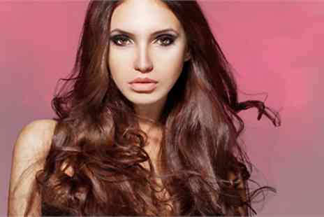 Gold Hair - Wash, cut, blow dry and conditioning treatment - Save 66%