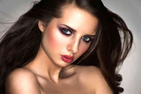 Make Up London Academy - Two hour MAC smoky eye makeup masterclass - Save 81%