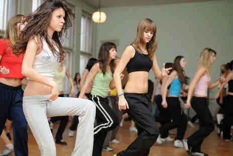 Zumba with Renae - 10 Zumba Classes for One People - Save 75%