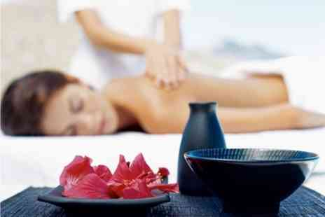 Gemini - Pamper Package Deluxe Facial With Back, Neck and Shoulder Massage - Save 68%