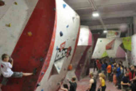 City Bloc - Two kids weekend climbing sessions - Save 63%