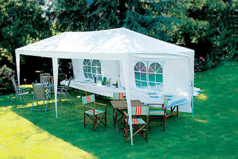 Kingfisher - 3m x 6m party marquee including poles PE roof and 4 windows - Save 34%
