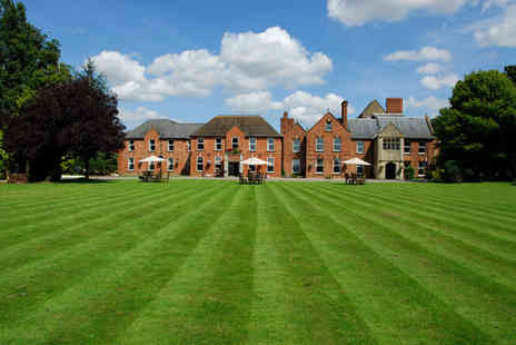 Hatherley Manor - 1 Night stay for 2 including breakfast, afternoon tea, dinner voucher for 2 - Save 34%