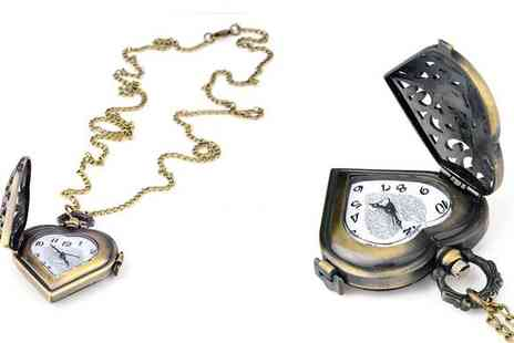 Betafresh BV - Get your very own fashionable Heart Shaped Pocket Watch - Save 73%