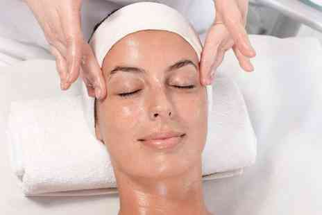 Laylas Beauty Hub - Dermalogica Facial - Save 29%