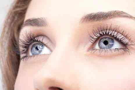 Nathan Knowles - Eyelash Extensions With Eyebrow Shape and Tint - Save 24%