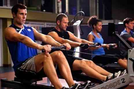 LA Fitness - Ten Individual Day Passes Including Exercise Class Access - Save 82%