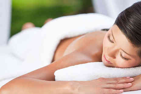 Aurox Aesthetics Clinic - Ultimate Body Experience with Mini Facial - Save 68%