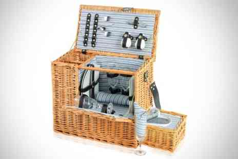 Deluxe Home Brands - Sandringham Picnic Hamper - Save 51%