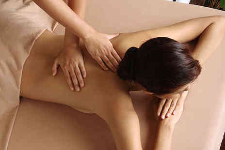 Leelawadee Authentic - Hour Long Thai Oil Massage - Save 56%